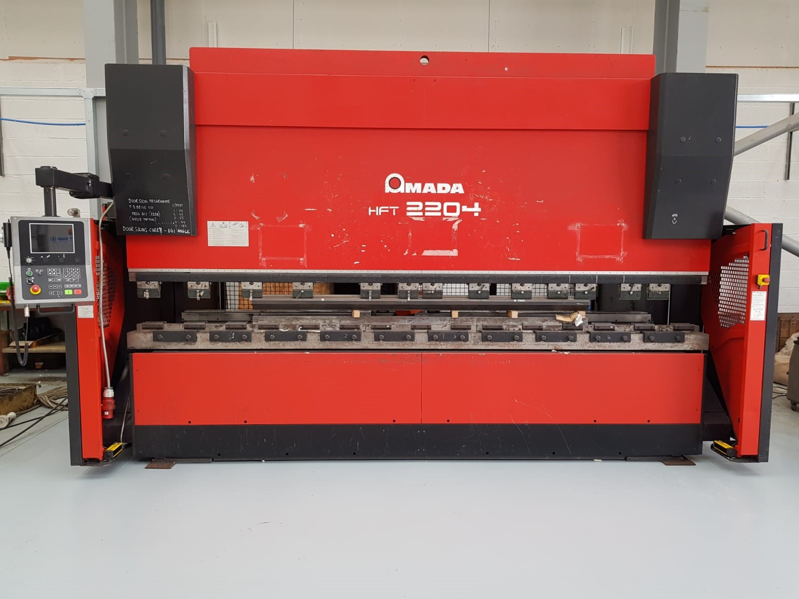 AMADA HFT 220 ton x 4m CNC 4 axis Press brake